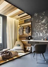 chambre enfant original beau deco chambre enfant avec horloge design bois decoration