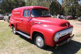 File:1956 Ford F100 Panel Truck (16301572198).jpg - Wikimedia Commons