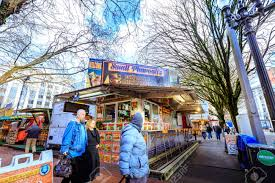 Portland, United States - Dec 21, 2017 : Food Trucks And Carts ... Dump Truck Food Oregon Dumplings With Fillings Like 9 Best Portland Images On Pinterest Outlander Portland And Vegan Food Trucks Oregon Misadventures Miso Winner For First Truck Pod In Carts Cartlandia Small Frites Trucks Portland February 27 2016 Dump Stock Photo Royalty Free United States Dec 21 2017 And Cart Pods Travel Crossing Between Sw Alder Street Mumzies Papa