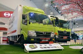 Hino Siap Gunakan Biosolar B20 - TruckMagz - Truck Magazine ... Hino Reefer Trucks For Sale Hino Ottawagatineau Commercial Truck Dealer Garage Selisih Harga Ranger Lama Dan Baru Rp 17 Juta Mobilkomersial Fg8j 24ft Dropside Centro Manufacturing Cporation New 500 Trucks Enter Local Production Iol Motoring 2014 338 Series 5 Ton Clearway Bc 18444clearway Expressway Trucks Mavin Bus Sales Woolford Crst South Kempsey Of Wilkesbarre Medium Duty In Luzerne Pa Berkashino Truckjpg Wikipedia Bahasa Indonesia Ensiklopedia Bebas Rentals Saskatoon Skf Receives 2013 Excellent Quality Supplier Award From Motors
