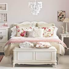 Vintage Industrial Bedroom Ideas