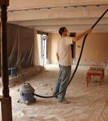 Scrape Popcorn Ceiling With Shop Vac by He Wanted To Remove Popcorn Ceilings In His Home He Removed It In
