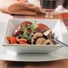 cuisiner un coq coq au vin et pommes de terre à la mijoteuse recettes cuisine et