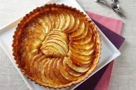 recette dessert aux pommes recette de tarte aux pommes et crème d amande au caramel facile et