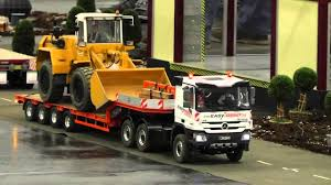 100 Radio Controlled Semi Trucks