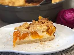 aprikosen quark kuchen mit streuseln