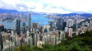 100 Hong Kong Condominium Luxuriously Living On The Peak