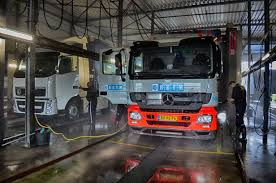 Grote Truckwash Bij Rotterdam Maakt 24/7 Wassen Mogelijk | CarwashPro Aircraft Cutaway Pinterest Truck Wash Nerta The Glorious Westland Two Happy Tramps Mobile Equipment New Buick Gmc Used Car Dealer Todd Wenzel Of Rolled Over Semi Truck Slows Traffic On Wb I94 At I96 In Ariston 24 Stackable Washer Arwxf129w Washers Johons Wayne Michigan 125 Reviews 14 2017 Travelaire 8wsl Camper Rv Youtube Mine Stock Photos Images Alamy