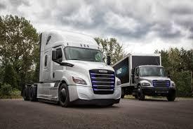100 Em2 Design Daimler Unveils Heavyduty ECascadia And Mediumduty EM2