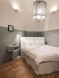 kleines schlafzimmer einrichten grau rosa dekorieren