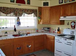 Natural Style Kitchen With Retro Look Curtain Decor Put Your 1950s Memories