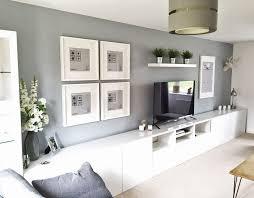 minimalistisches wohnzimmer ikea mit schrankw nden au ergew