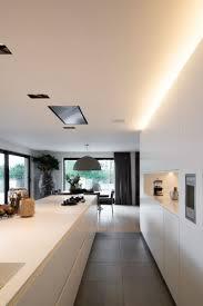 maßgefertigte küche vado küchen elegante weiße küche