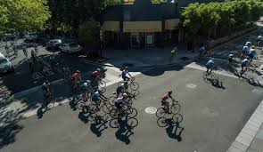 3 Palo Alto Christmas Tree Lane by Ready To Cycle Like A Pro 3 Renowned Group Rides Sfgate