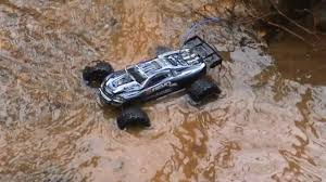 Rc Truck Water Run, Traxxas E Revo, Axial (Addlestone 25/04/10 ... Traxxas Erevo Vxl Mini 116 Ripit Rc Monster Trucks Fancing Revo 33 Gravedigger Bashing Video Youtube Nitro Truck Rc Trucks Erevo Stuff Pinterest E Revo And Brushless The Best Allround Car Money Can Buy Hicsumption Traxxas Revo Truck Transmitter Ez Start Charger Engine Nitro 18 With Huge Parts Lot 207681 710763 Electric A New Improved Truck Home Machinist