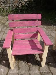 Pallets Garden Chair For Kids