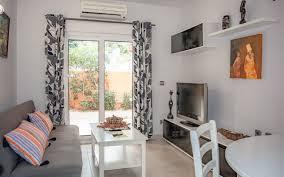 klein aber mein eg apartment mit 1 sz und gemeinschaftspool in meernähe ccc real estate