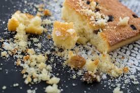 grießkuchen mit nüssen und trockenobst