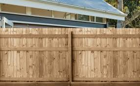 100 Building A Paling Fence Fencing Timber I Centenary Landscaping Supplies