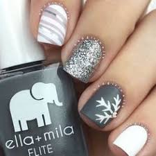Frozen Snowflakes Christmas Nails See More Glaminati
