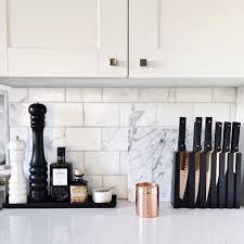 I Love This Minimalist Kitchen Space How Gorgeous Are Those Rose Gold Copper Knives Though
