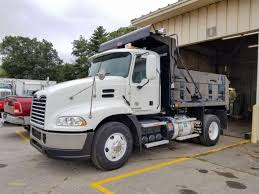 Best Truck Driving Schools In Nj Should Truck Drivers Take ...
