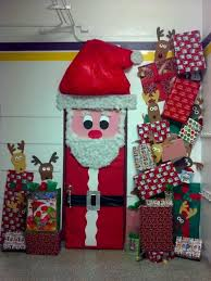 Office Door Christmas Decorating Ideas by 166 Best Cubicle Christmas Office Decorating Contest Images On