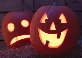 Easy Shark Pumpkin Carving by Halloween Las Vegas Moms