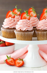 strawberry nutella cupcakes 2