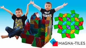 Valtech Magna Tiles Canada by Magna Tiles Building A Castle Unboxing Tutorial Review