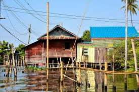 100 Homes In Bangkok Along Canals In Thailand Encircle Photos