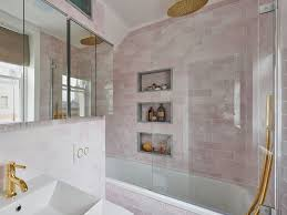Small Bathrooms: Big Ideas For Pint-sized Plots | Homes & Interiors ... Small Bathroom Layouts Hgtv Makeovers Ideas On A Budget Organization Very Designs Youtube Decorating Design Room Vanities Bold For Bathrooms Decor 10 On A Victorian Plumbing Tile To Transform Cramped Space 25 Beautiful Diy 3 Using Moroccan Fish Scales Mercury Mosaics