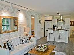 100 Loft Style Home The Maxwell S Modern Corporate Apartments Downtown