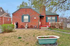 3 Bedroom Houses For Rent In Wichita Ks by College Hill Homes For Sale U0026 Real Estate Wichita Ks Homes Com