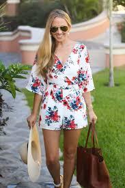 Cupcakesandcashmerefloralromper CupcakesandCashmere FashionBlog FloralRomper SummerRomper Fashion Style Rayban