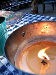 Citronella Oil Lamps Uk by Make Your Own Citronella Bucket Candles