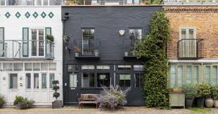 104 Notting Hill Houses London Property Inside The Home For Sale On A Famous Street Where That Scene From Love Actually Was Filmed Mylondon