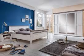 schlafzimmer landhausstil lugano kiefer teilmassiv s01