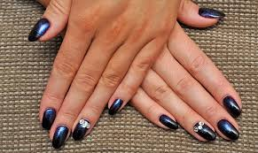 Bed Of Nails Nail Bar by Why Your Manicure Could Ruin Your Nails For Life Horror Stories