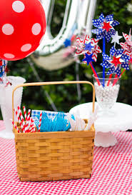 4th Of July Backyard BBQ Best 25 Hot Dog Bar Ideas On Pinterest Buffet Bbq Tasty Toppings Recipes Gourmet Hot Win Memorial Day With 12 Amazing Dog Toppings Organic Grass Teacher Appreciation Lunch Ideas Bar Bratwurst And Jelly Toast Easy Chili Recipe Dogs What Does Your Say About You Psychology Long Weekend Cookout Food Click Create A Joy Of Kosher The Smart Momma Poker Run