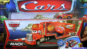100 Cars 2 Mack Truck Hauler Car Wash Playset CARS With Lightning McQueen
