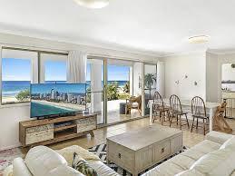 100 Beach Houses Gold Coast Beach House Was Once A Duplex But A Renovation Has