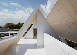 100 Suppose Design Allencompassing Roof Frames Terraces For House By