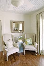 Comfy Lounge Chairs For Bedroom by Best 25 Bedroom Sitting Areas Ideas On Pinterest Sitting Area