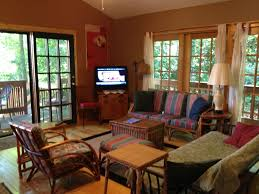 2 Bedroom Cabin on Cayuga Lake 1 Mile from HomeAway Ithaca