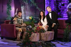 Kelly Ripa Halloween Skit by Ellen Degeneres And More Tv Hosts Get Into Halloween Spirit Ny