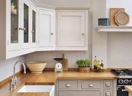 cuisines blanches et bois cuisine taupe et bois cheap attrayant peinture taupe pour meuble