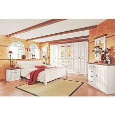 schlafzimmer in kieferfarben weiß landhaus schlafzimmer