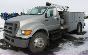 2004 Ford F650 Super Duty Service Truck With Crane | Item BH...