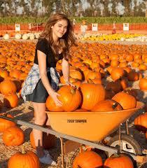 Pumpkin Patch Jefferson Blvd Culver City by Mckaley Miller Mr Bones Pumpkin Patch 12 Gotceleb
